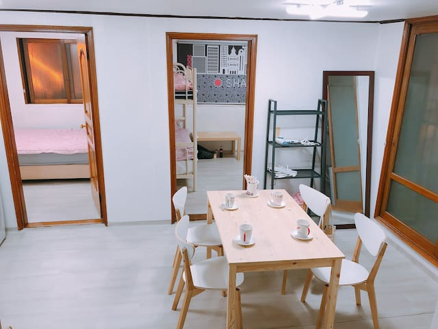 KEE House  ( 10minutes from Itaewon station 350M )