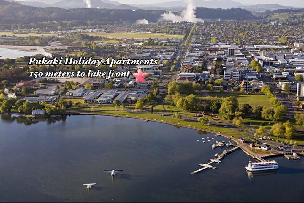 Luxury Lakefront Apartment in Downtown Rotorua