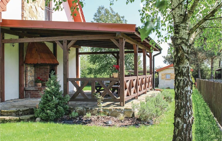 Semi-Detached with 3 bedrooms on 100m² in Jedwabno