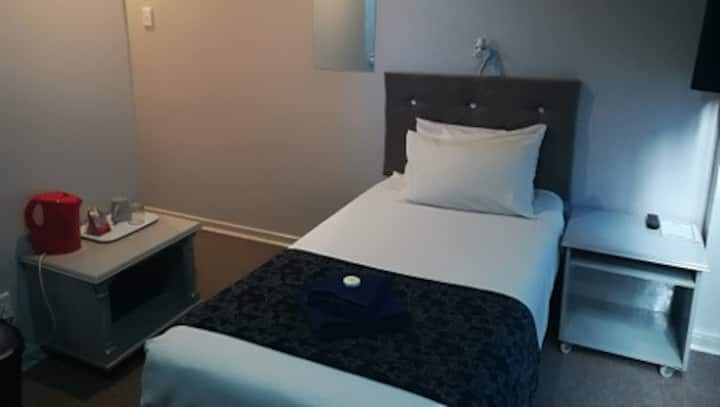 Hotel Accommodation in Welkom - Single Bedroom