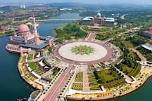 Nearby: Putrajaya Mosque (pic from Google Image)