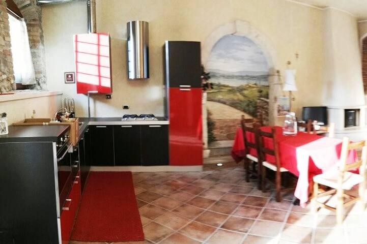 Tipico appartamento di lago a Calmasino, Bardolino