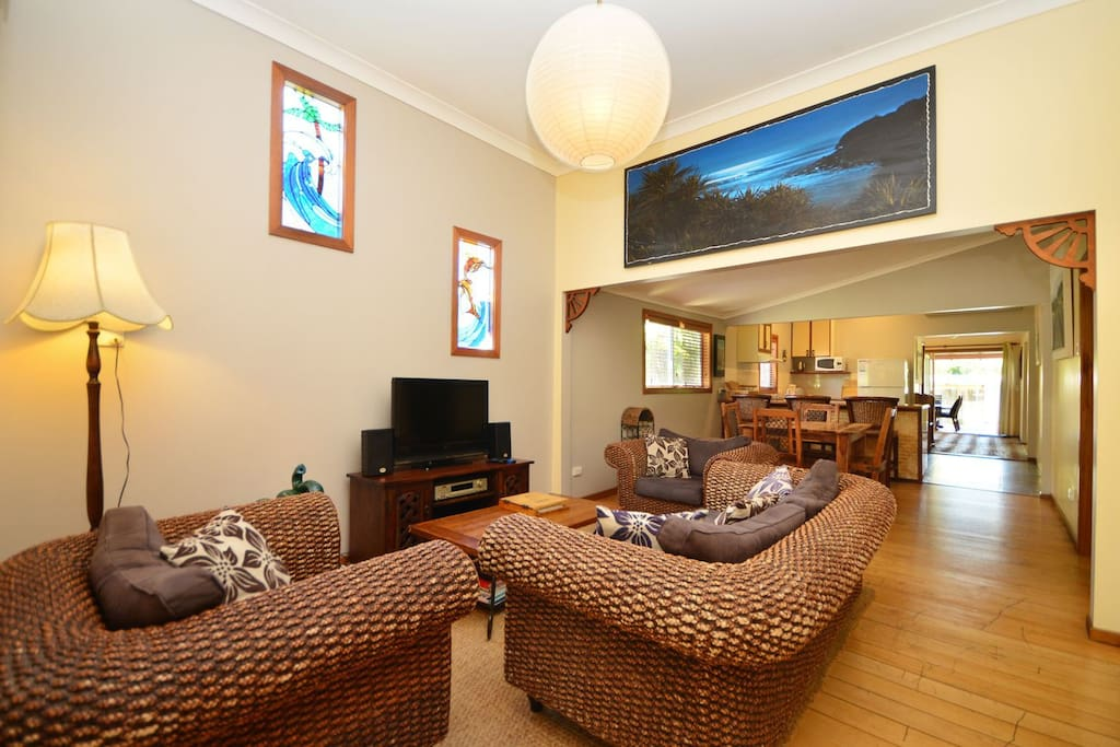 A spacious open plan has a pleasant ambiance that flows right through the home.