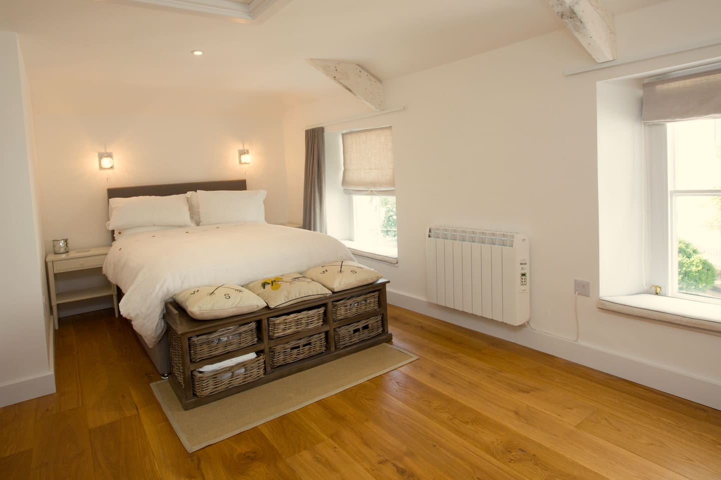 """""""We had a great weekend at Lorraine's house which was very comfortable, cosy and beautifully furnished. Lorraine was very helpful and we felt well looked after."""" ***** - Elizabeth - Dec 18"""