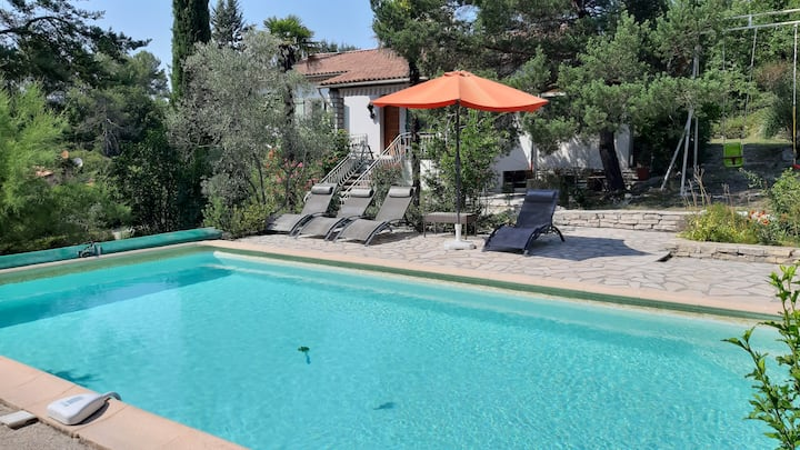 Large villa for friends and families in Provence ❀