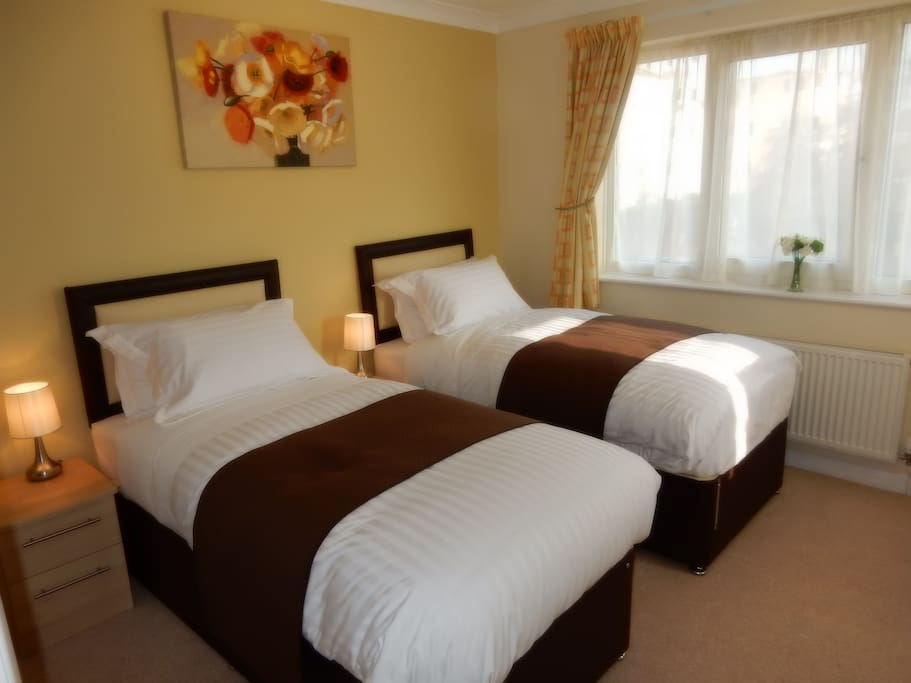 Comfortable twin room or can be a SuperKing double