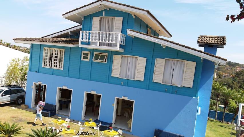 Ótima chácara em Itatiba na Rod.D.Pedro 1
