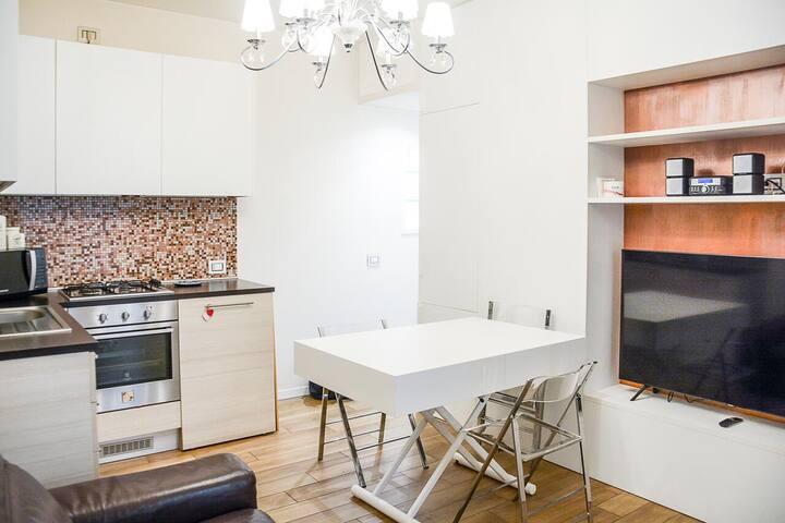 Guesthero Apartment Milano - De Angeli M1