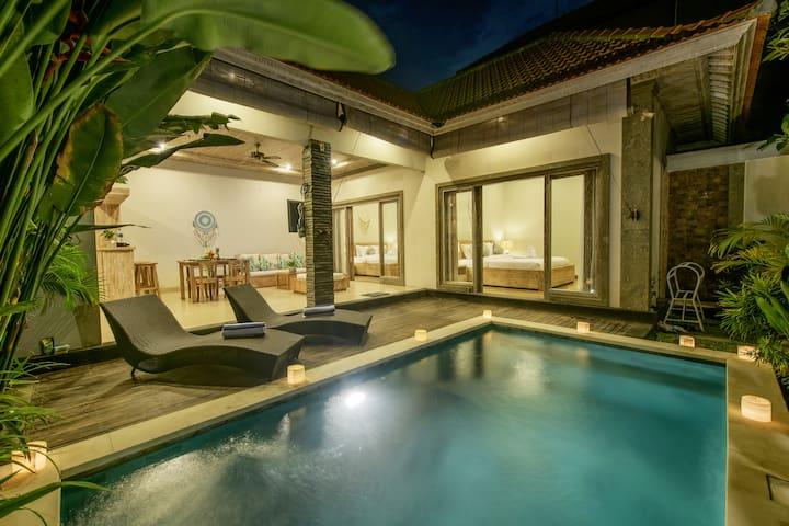 Luxury 2 BDR Villa Dion 2 Close to Finn Beach Club