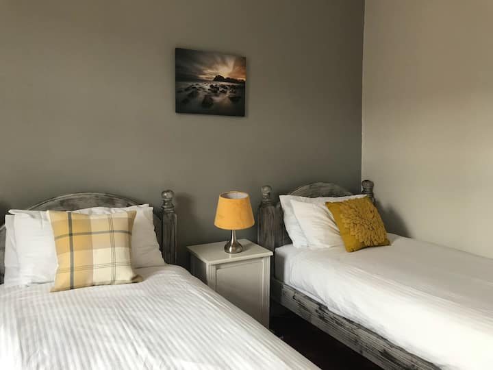The Harbour Guest House - Twin Room (Room Only)