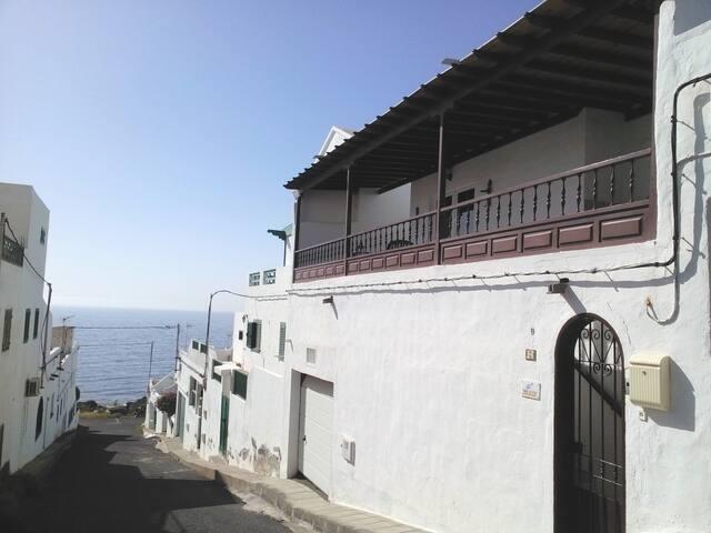 Casa La Fula. Vivienda a 70 mt de la playa. - Playa Quemada - House