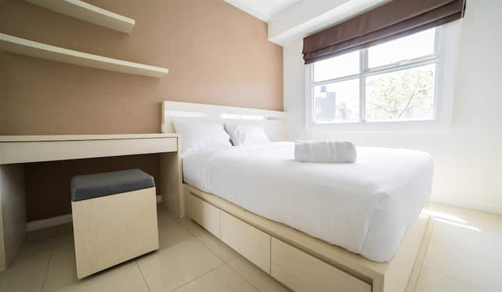 Contemporary 1BR @ Parahyangan Residence Apartment