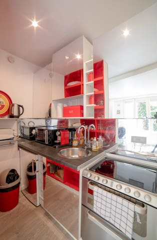 Fully functional & equipped kitchen with fridge, electric stove, toaster, Nespresso machine, dishwasher, kettle, etc.