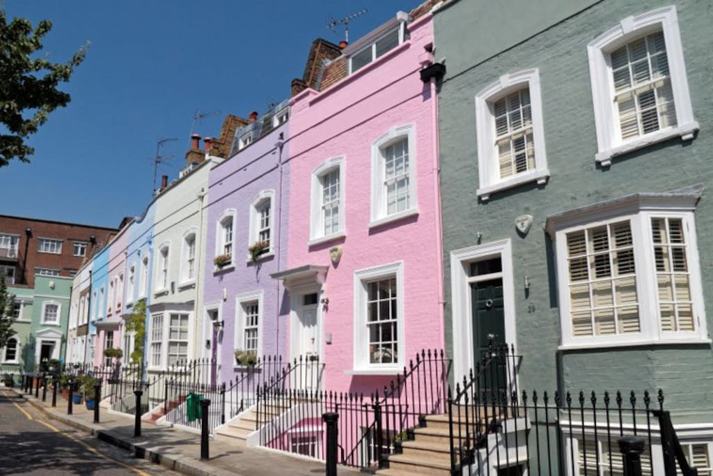 The beautiful colourful houses of Chelsea