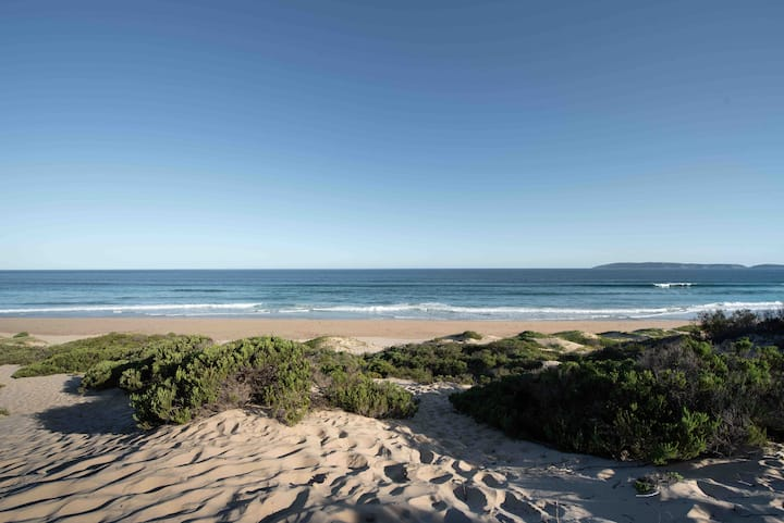 Tranquil and spacious beach cottage - Keurbooms