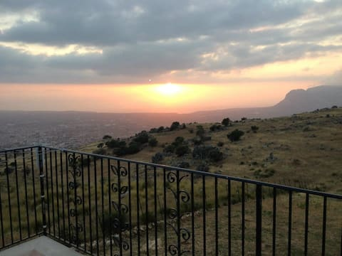 Apartm. 65 qm. with pool and sea view