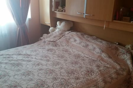 Cosy room close to the airport and to the center - Βουδαπέστη