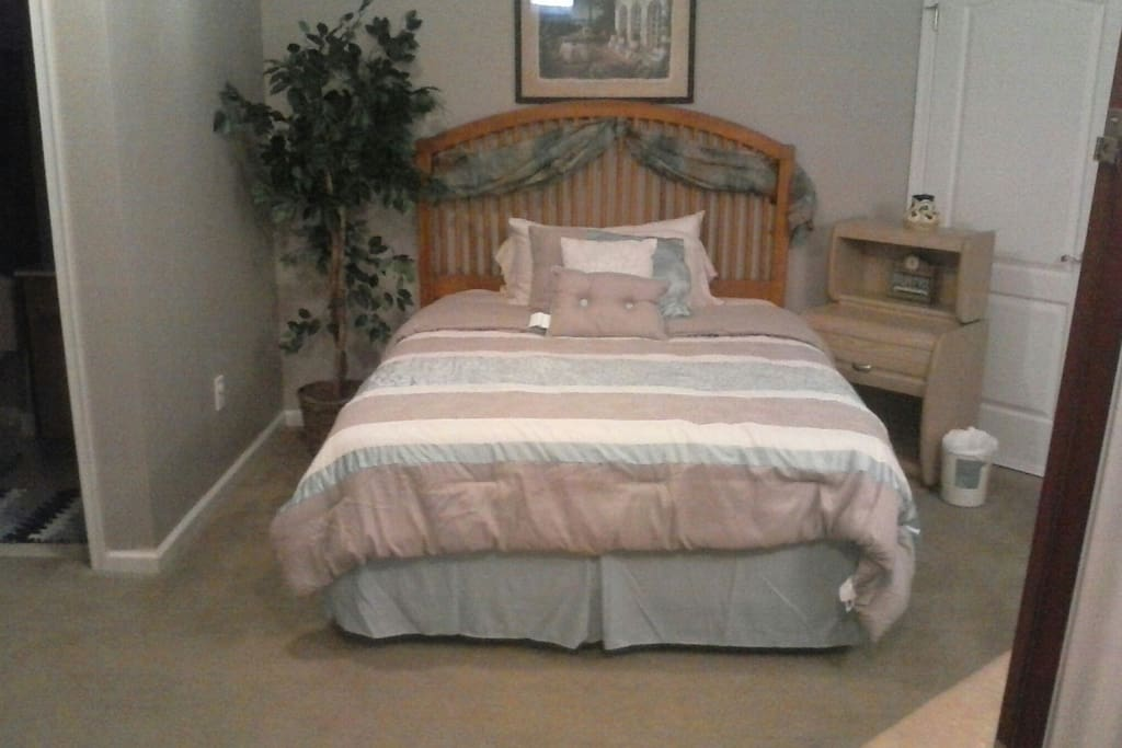 Queen Size bed, with comfortable Serta Mattress