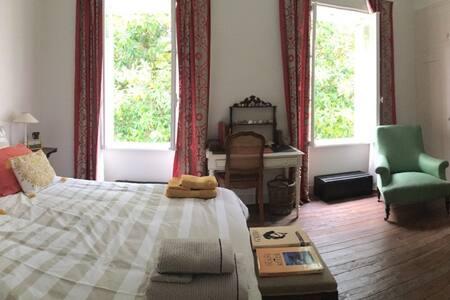Peaceful Suite, XVIII century countryside house