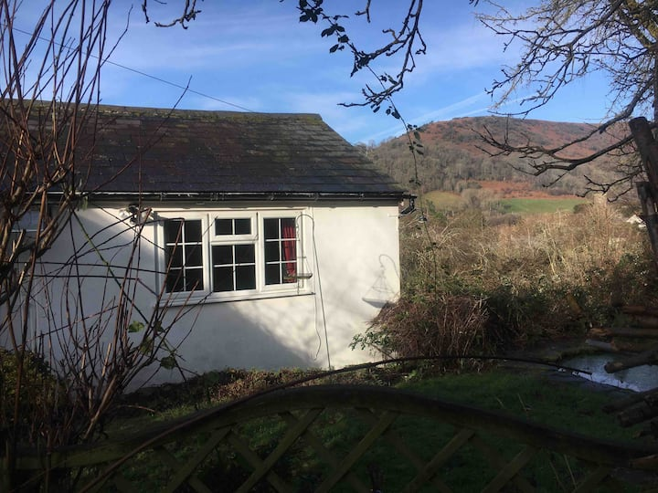 Lovely self contained annex in Cwmdu Crickhowell