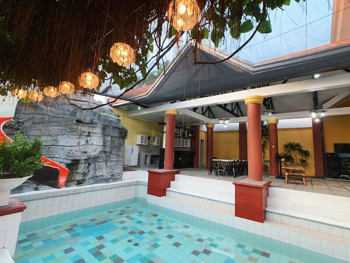 Villa Rhodora Pansol 2 (Hotspring)