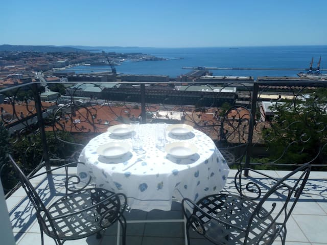 Apartment with amazing view on sea - Trieste - Pis