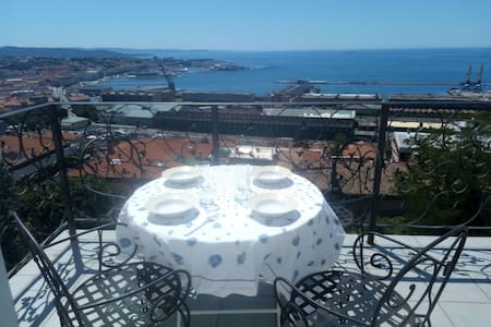 Apartment with amazing view on sea - Triest - Wohnung