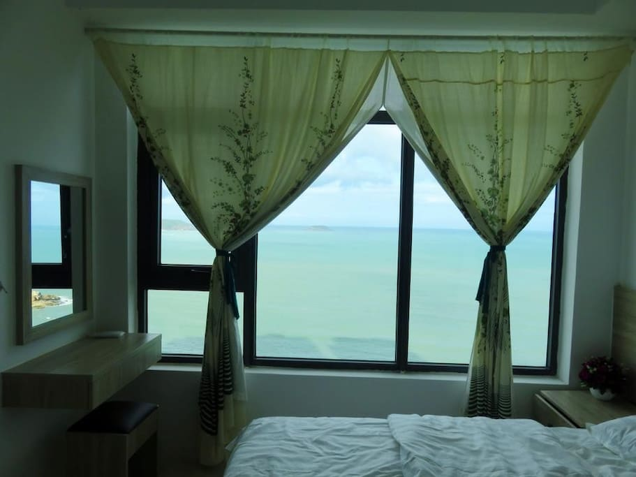 Bedroom scenic view 1