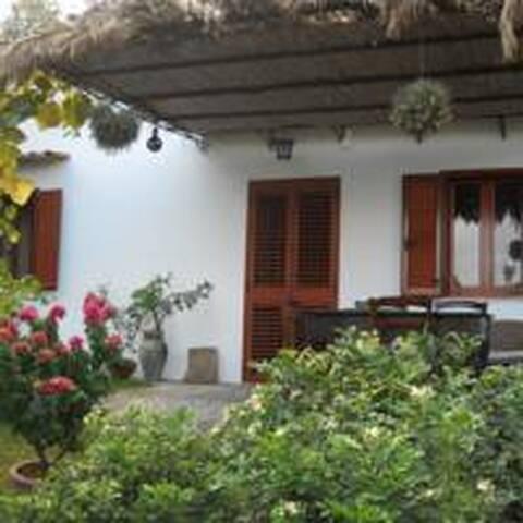 Garden House con accesso diretto al Mar Tirreno