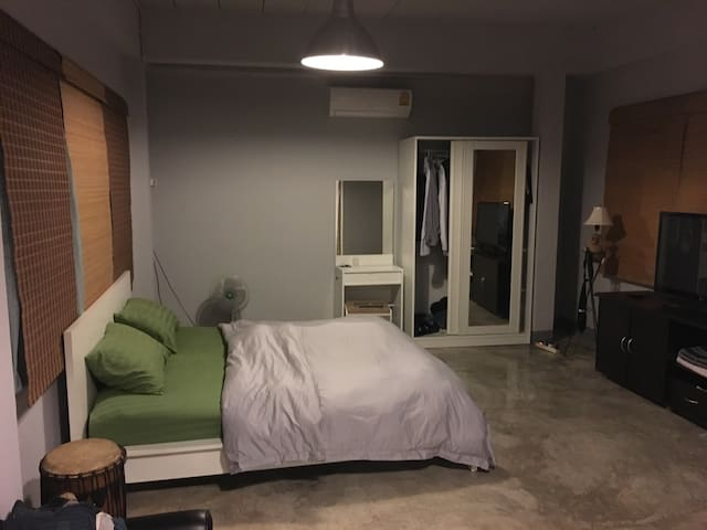 Large Studio near Thonglor BTS - Bangkok - Maison