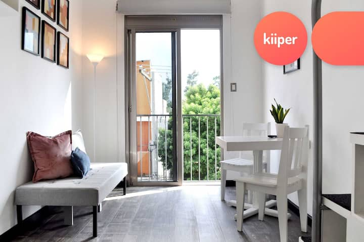kiiper | Cozy Loft in Zone 16 | 2 PPL