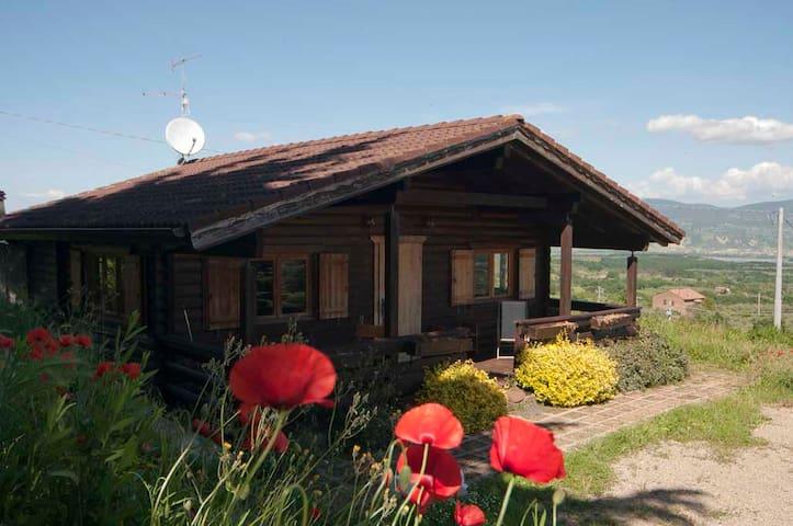 Chalet con vista sull'Umbria - Graffignano - Kulübe
