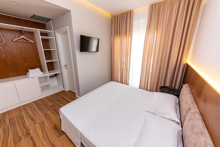 Inada Hotel- Double Room 4