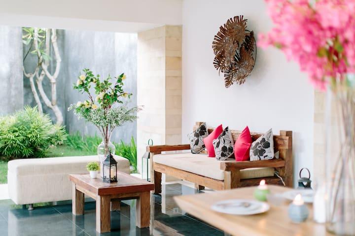 Amartha Sadewa PrivateTwo Bedroom Villa