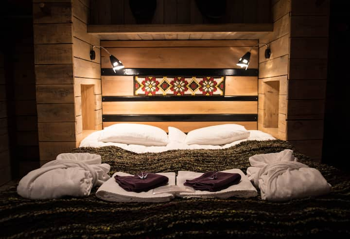 #4 Double room with shared bathroom - Guesthouse 1x6