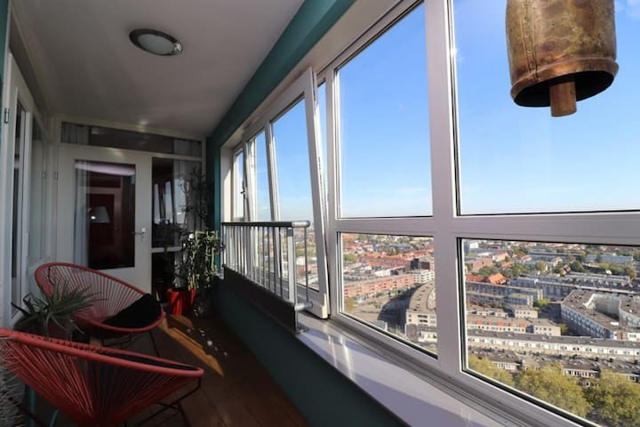 Relaxing Highrise Apartment in Rotterdam Zuid