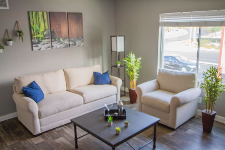 comfortable monthly downtown rental