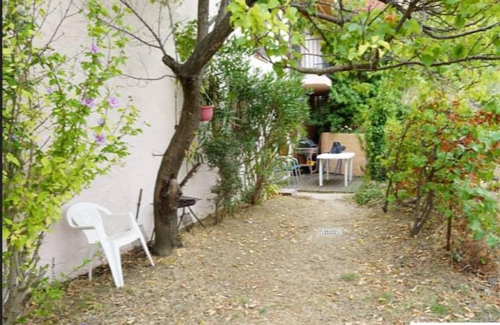 Studio Collioure 300m plage avec jardin et parking