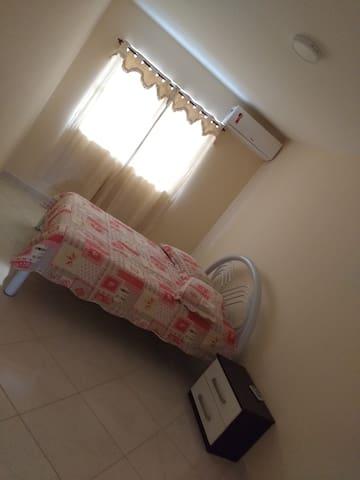 Aperibé RJ, apartamento 201, no centro da cidade