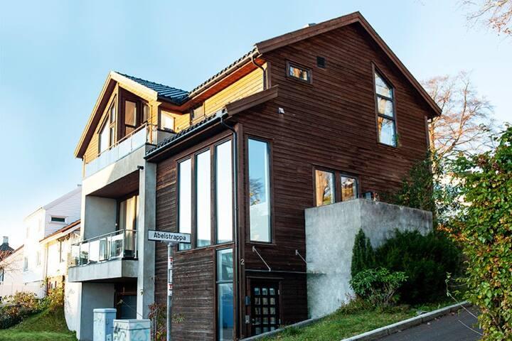 Modern villa in Paradis, heart of Stavanger.