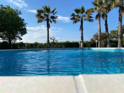 Villa Rosella heated swimming pool 150 m from sea