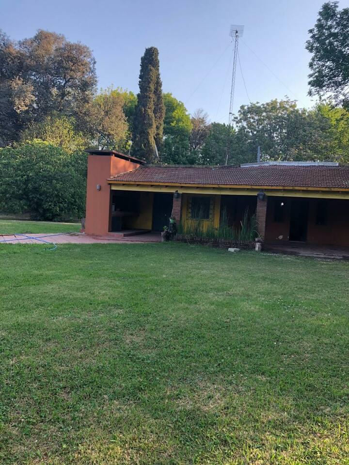 Casa quinta enorme a los alrededores de san nicola
