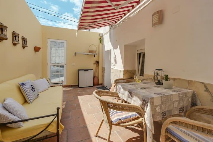 "Beautiful Holiday Apartment ""Apartamento Planta Baja"" Near the Port, with Terrace, Air Conditioning, Wi-Fi & SAT-TV"
