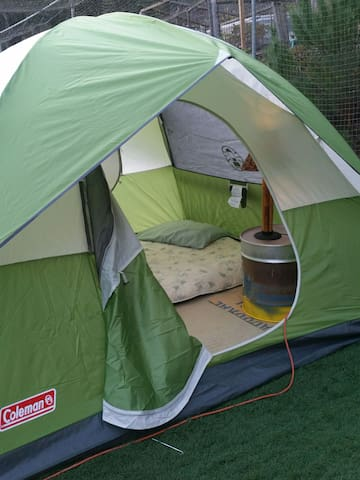 BASEBALL GLAMPING!  PRIVATE & Comfy! Outside cage!