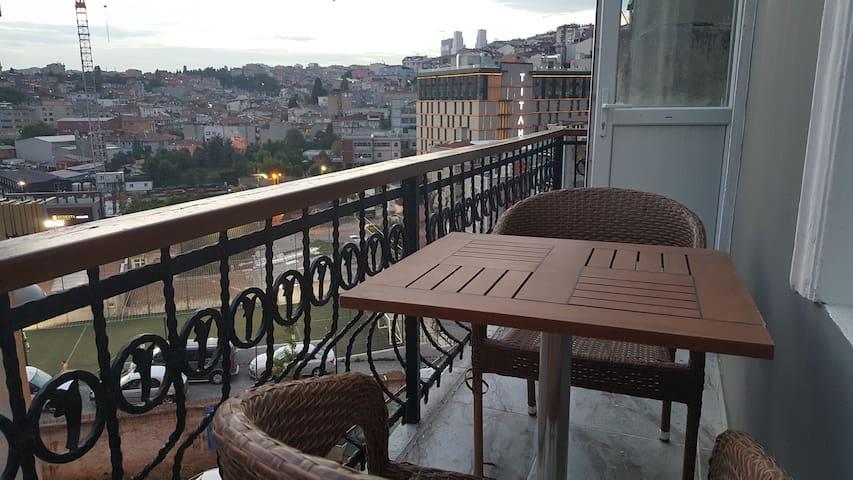 Taksim Samanci Apartment 7