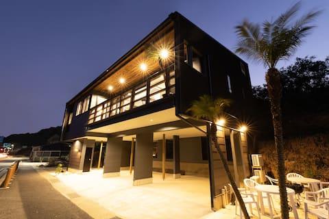 Do as Awaji   ビーチが目の前の1棟貸し切りの別邸です🌴