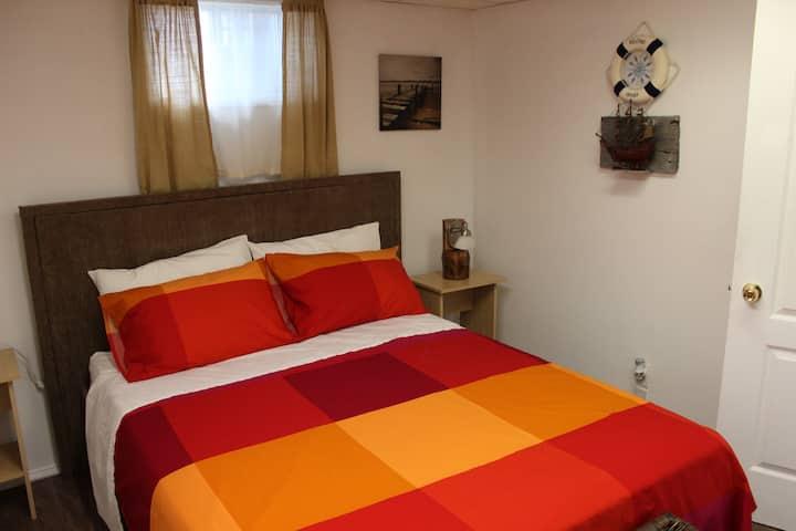 clean, cozy fully furnished apt