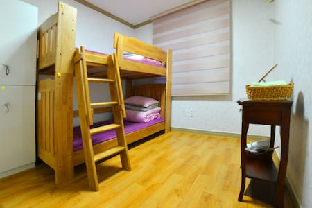 Chodang Guesthouse (2 Beds)-R1 - Bed & Breakfast