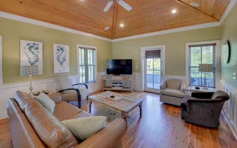 Magnolia Cottages Villa #248347
