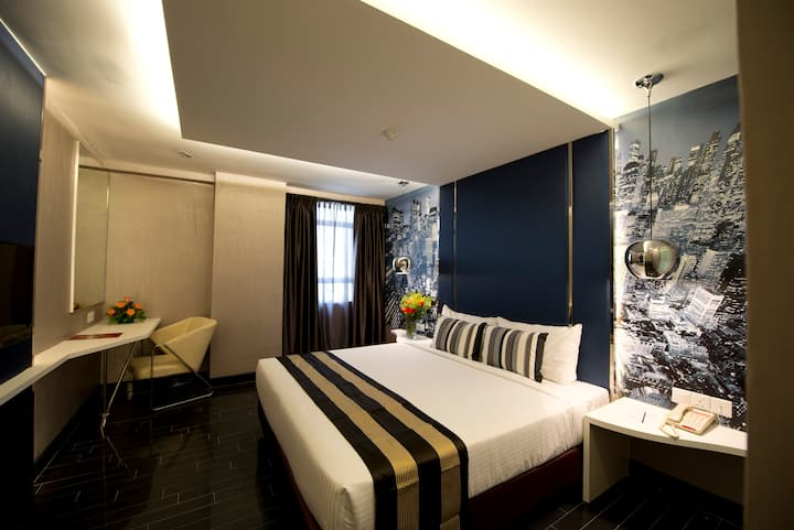Hotel Suites in the City #1